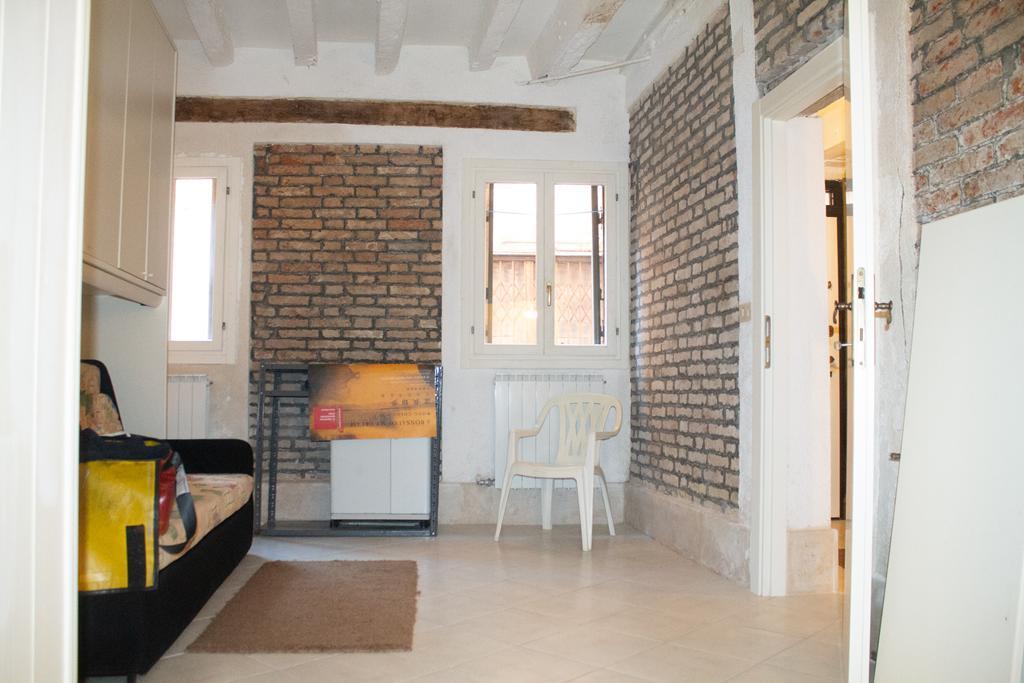 VENEZIA CASTELLO – Appartamento ristrutturato porta sola