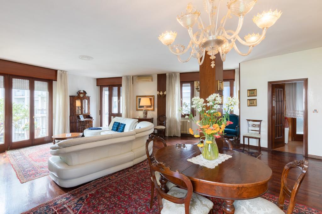 MESTRE CENTRO – Appartamento ampie dimensioni 3 camere