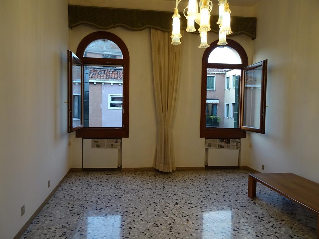 VENEZIA CANNAREGIO – Appartamento restaurato 3 camere matrimoniali