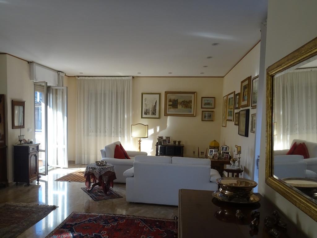 MESTRE CENTRO – Appartamento ampie dimensioni 4 camere