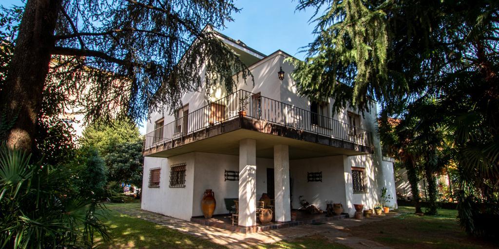 SPINEA CENTRO – Villa singola con 1.000 mq. di parco