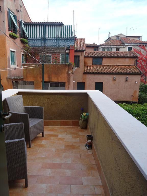 VENEZIA CASTELLO – Appartamento ristrutturato con terrazza