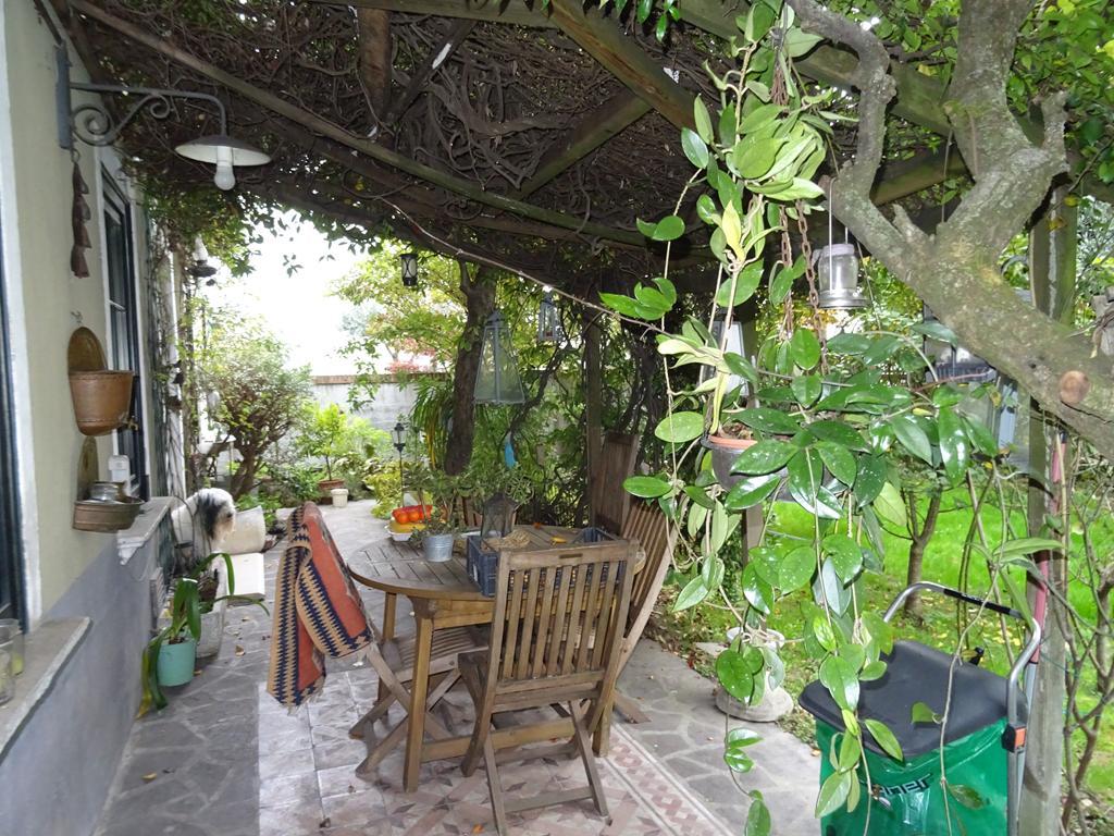 MESTRE CHIRIGNAGO – Villa singola su due livelli con giardino privato