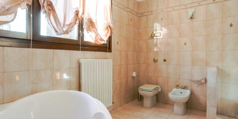 bagno secondo piano 2_2062x1375