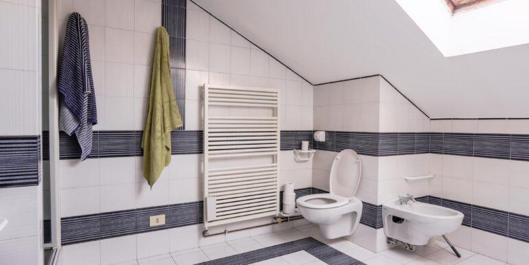 bagno terzo piano_2062x1375