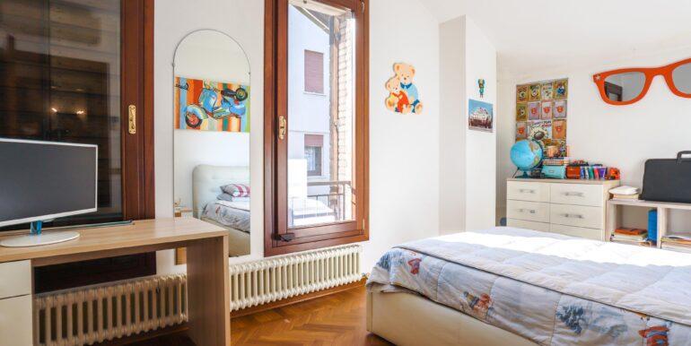 camera di letto di bambino 2_2062x1375