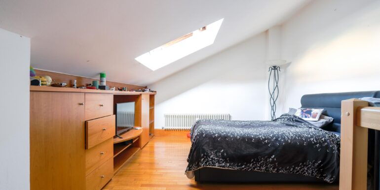 camera di letto terzo piano_2062x1375