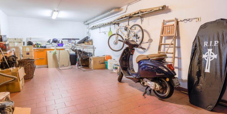 garage dentro 2_2062x1375