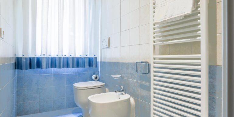 bagno 1 quadrilocale 3_2062x1375